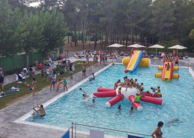 club-tennis-natacio-sant-cugat-inflables-piscina-2016-20160911-2